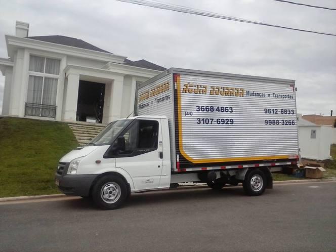 Caminhão com 18 m³